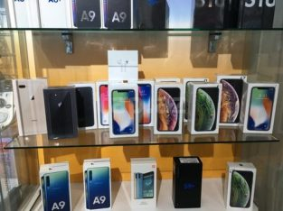 Apple iPhone Xs 64GB € 400 iPhone Xs Max 64gb € 430 iPhone X 64gb € 300 WhatsApp : +16363239302